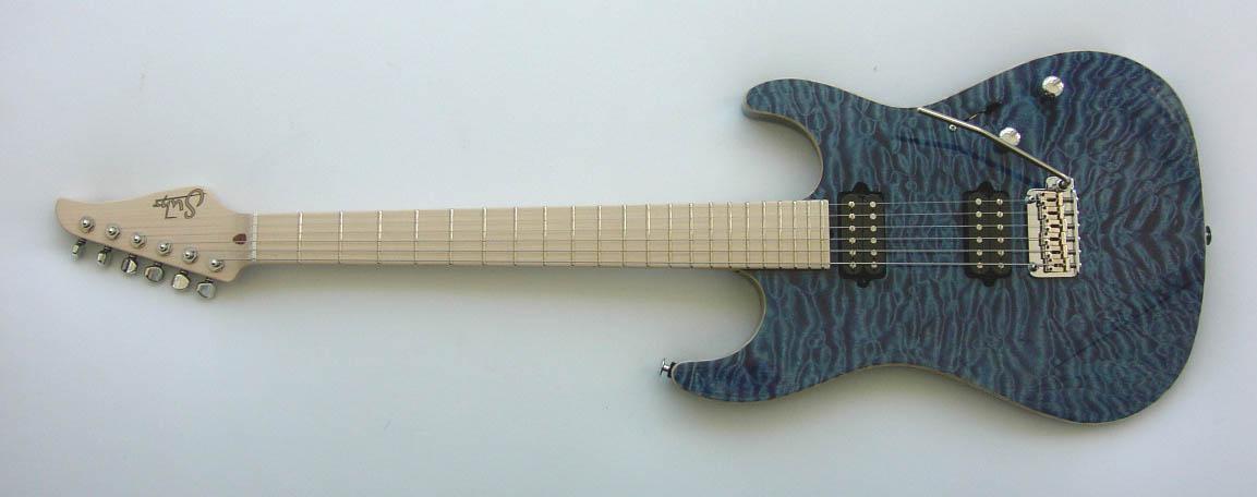 John_Suhr_Quilt_Blue_Standard_Guitar
